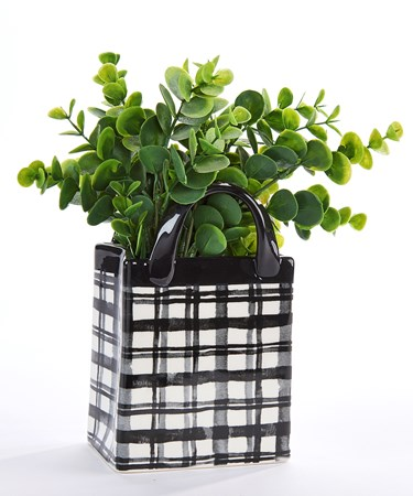 BlackWhitePlaidPot