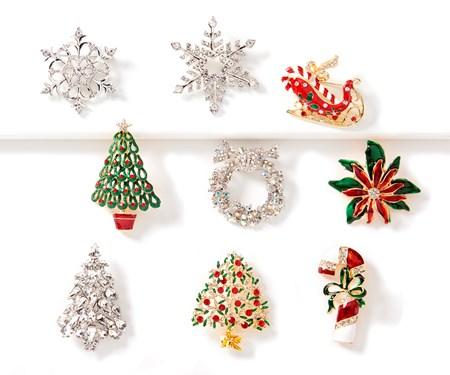ChristmasBrooch9Asst
