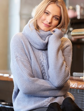 TurtleneckSweater2Asst