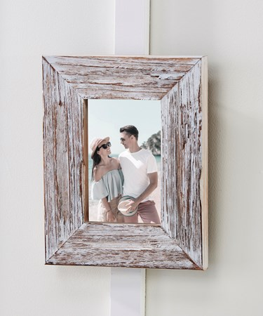 WhiteWashPhotoFrame