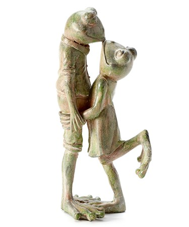 KissingFrogCoupleStatuary