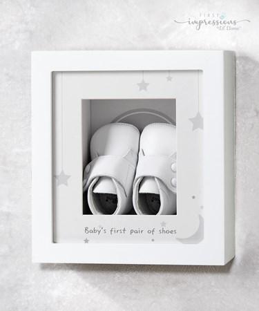 Babys1stShoesShadowBox