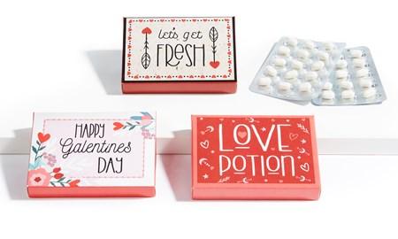 ValentineMintCandies3AsstwDisplayer