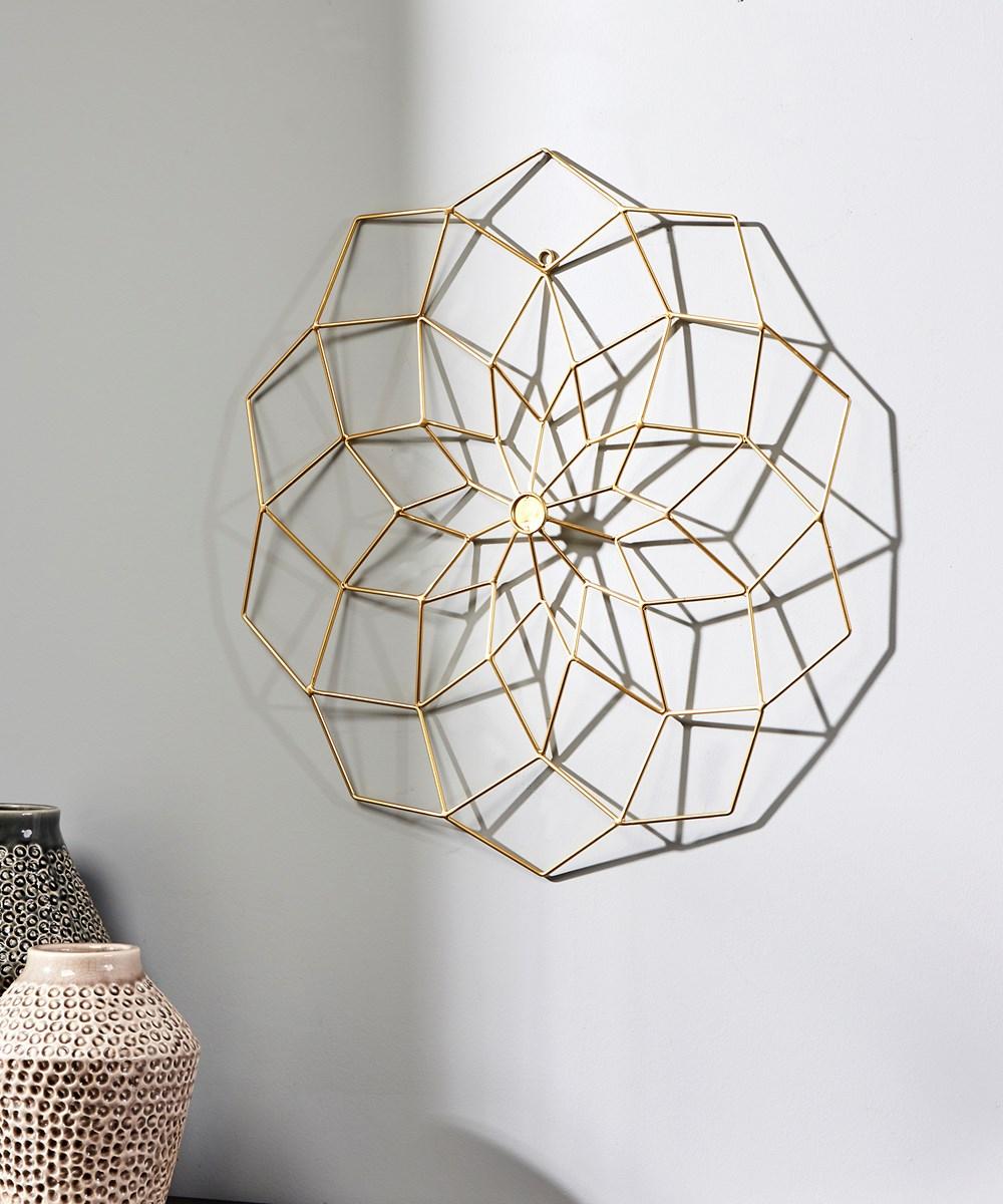 Small Geometric Flower Design Wall Decor