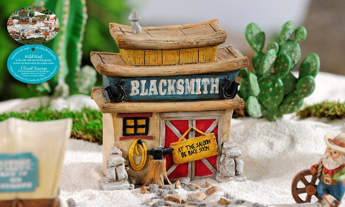 Mini World The Wild West Blacksmith Shop Figurine