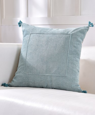 Velvet Cushion w/Tassels