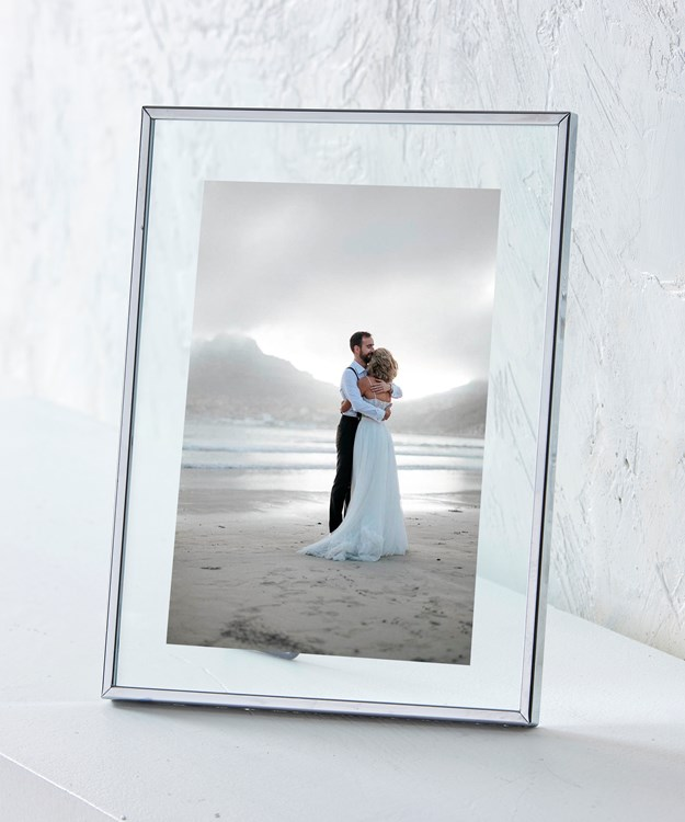 Iron Photo Frame in Silver Finish