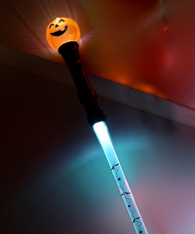 Pumpkin Flashing Wand