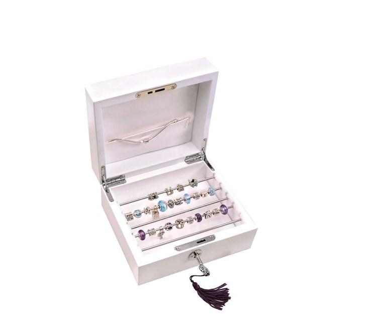 Mdf.Shiny Wht.Jewelry Disply Box