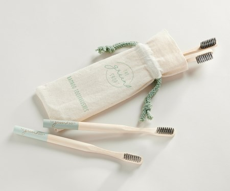 BambooToothbrushSetof4wPouch