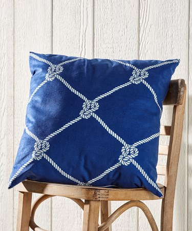 RopePatternThrowPillow